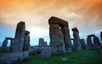Stonehenge-Wiltshire-county-UK